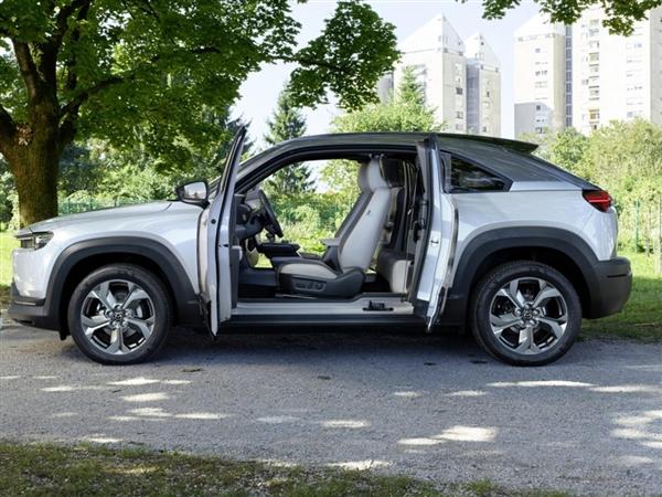 马自达开始生产首款纯电动汽车MX-30:WLTP续航里程为200公里