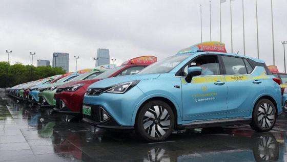 各地巡游出租车迎来绿色智能新风潮 出行体验焕然一新