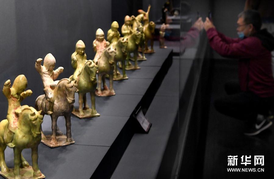 太平有象——汉唐乐舞展 百余件汉唐乐舞文物在郑州展出